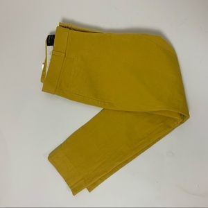 Banana Republic Yellow Jackson Fit Pant 6 Yellow